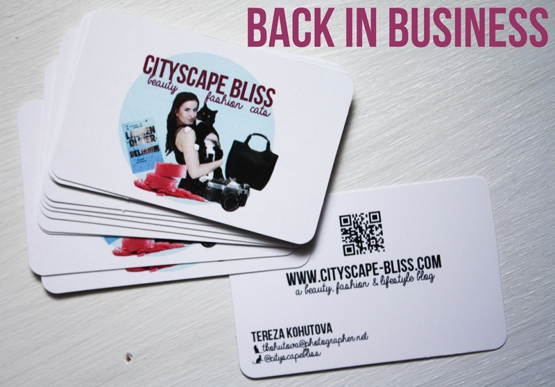 5 ways to make your business cards stand out 123print uk blog blogger business cards i colourmoves
