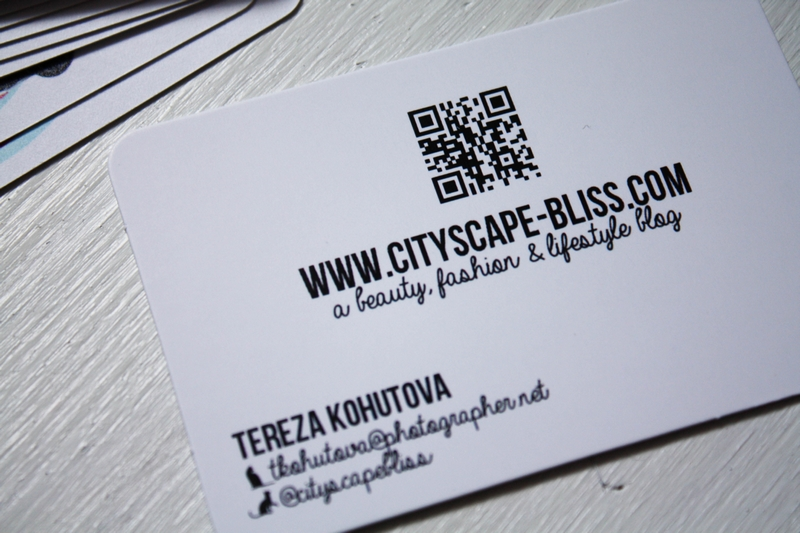 5 ways to make your business cards stand out 123print uk blog qr code business cards reheart Images